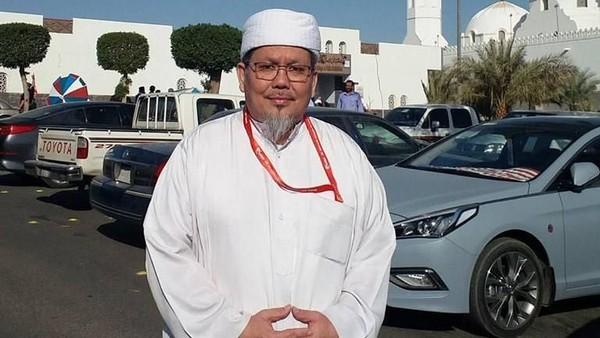 Tengku Zulkarnain Diperiksa Bareskrim soal Pengakuan Abu Janda