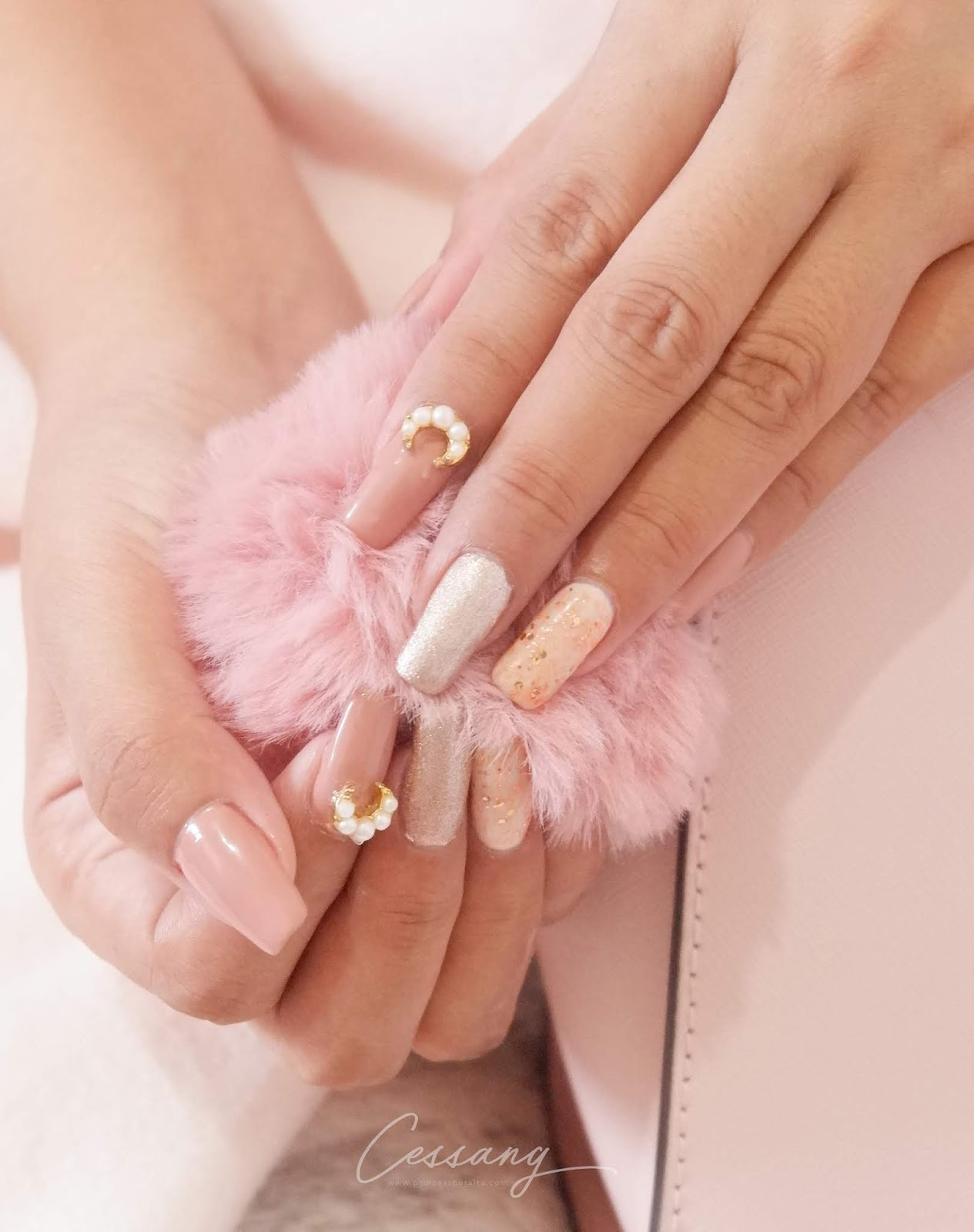 CESSANG NAIL ART COLLECTION - MOON GLITTER NUDE PINK GEL MANICURE