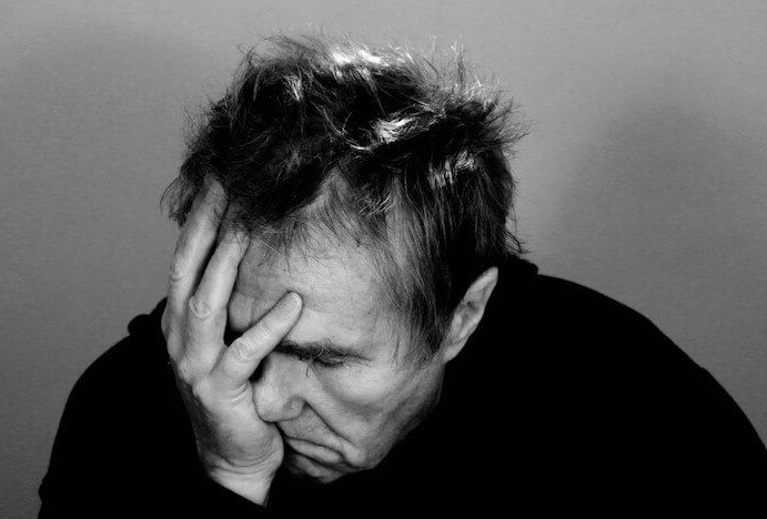 Il cervello invecchia più rapidamente con la depressione, secondo i psicologi