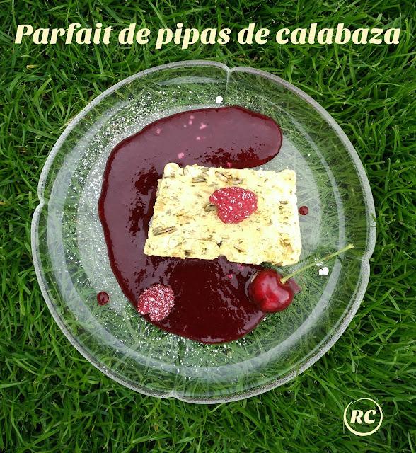 PARFAIT-DE-PIPAS-DE-CALABAZA-CON-SALSA-DE-FRUTOS-ROJOS-BY-RECURSOS-CULINARIOS