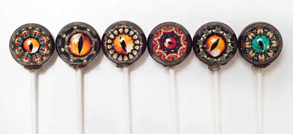 05-Geeky-Rift-Eye-Designer-Lollipop-Priscilla-Briggs-Designer-Lollipop-Edible-Food-Art-www-designstack-co
