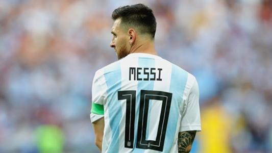 Ibu Bocah Jersey Kresek Memohon Bantuan Messi