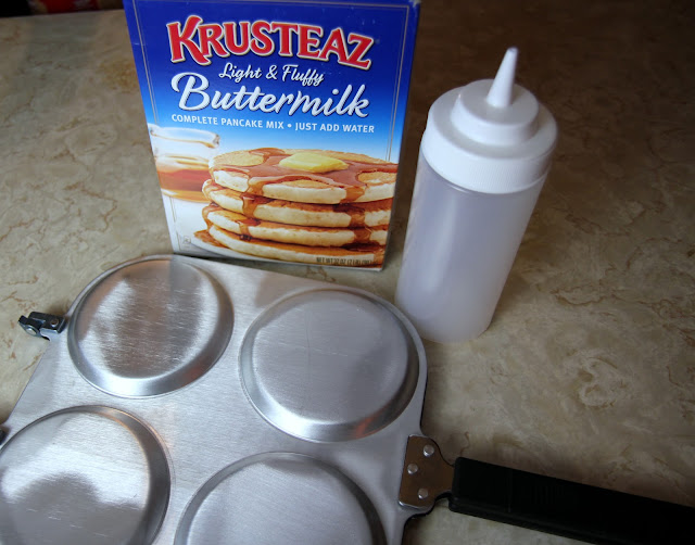 Try these easy spiced berry pancakes made from Krusteaz mix. #mykrusteaz #breakfastnight
