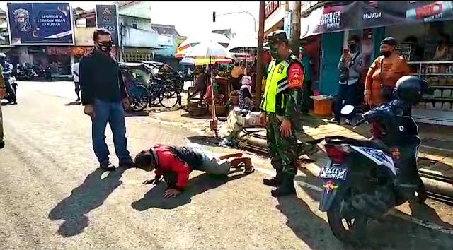 Operasi Patuh Masker di Bobotsari, Pelanggar Dapat Tindakan Push Up