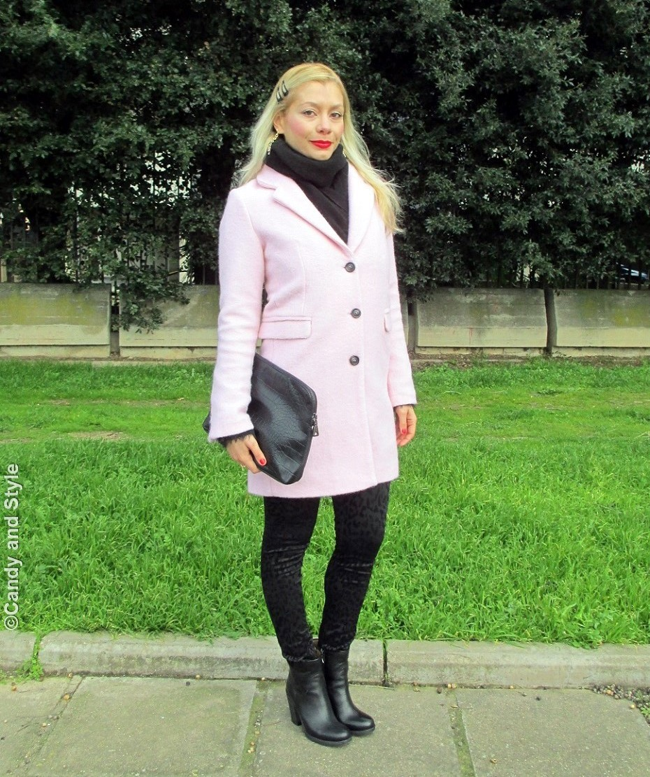 PinkCoat+TotalBlackLook - Lilli Candy and Style Fashion Blog