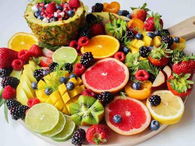 ما هي كمية الفاكهة التي يجب تناولها في اليوم