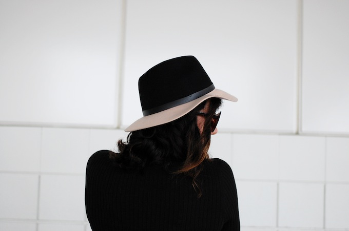 HM two-tone wool hat