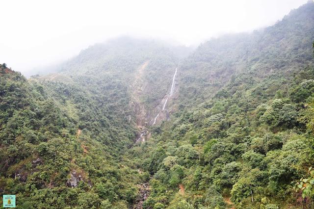 Cascada en loop de Ha Giang