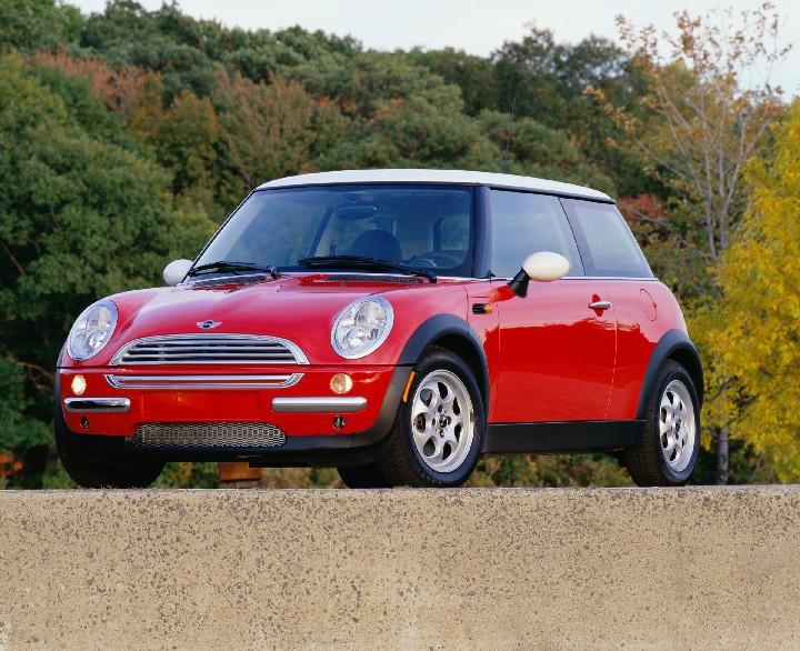 AUTO CARS ZONES: Red Mini Cooper Images