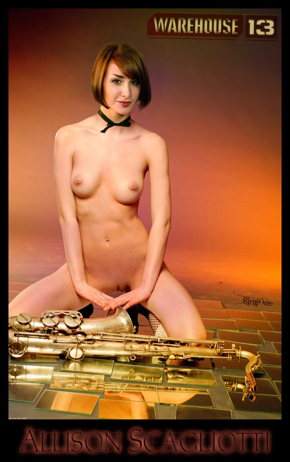 Sexy nude anime girls