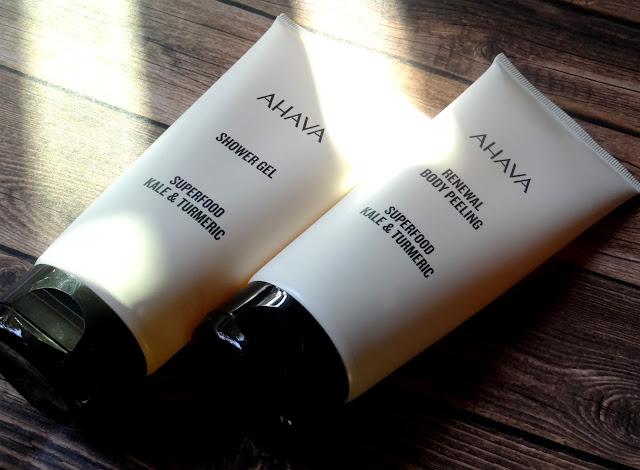 AHAVA Superfood Shower Gel And Renewal Body Peeling
