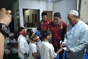 Paguyuban PKL Pinggir Kali RW. 014 Tanser Santuni 40 Anak Yatim