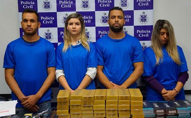 Bando foi preso e material apreendido nos bairros de Jardim Armação, Pituba e Acupe de Brotas, em Salvador (Foto: Divulgação/Polícia Civil)