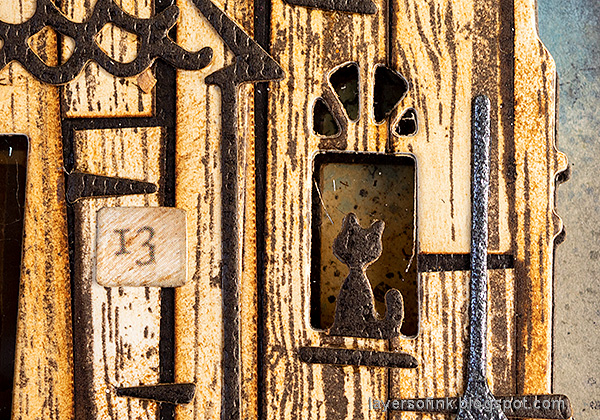 Layers of ink - Old Spooky House Tutorial by Anna-Karin Evaldsson. Cat in the window.