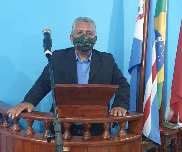 Vereador Mário do Mingote solicita informações sobre as obras paralisadas das comunidades Santa Rita e Distrito do Flexal em Óbidos.