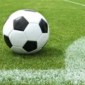 Bola dan lapangan