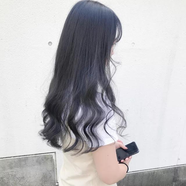 Kiểu tóc nữ đẹp xoăn đuôi, trend 2021