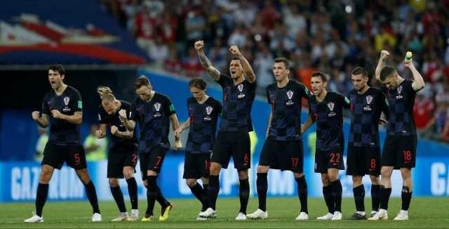 Nos pênaltis, Croácia elimina Rússia e volta à semi após 20 anos