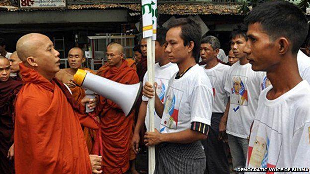 3 Fakta Biksu Radikal di Myanmar  yang Anti-Muslim Rohingya