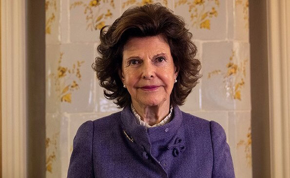 Queen Silvia of Sweden digitally inaugurated Barnahus Jämtland. The Barnahus (Childrens House). The Queen wore a purple suit blazer
