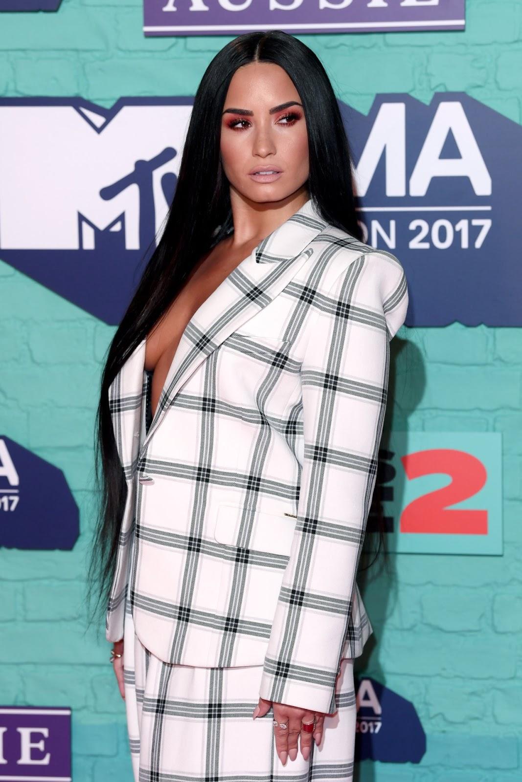 Demi Lovato – MTV Europe Music Awards in London