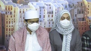 Tak Pernah Disorot, Adik Perempuan Syekh Ali Jaber Akhinya Muncul, Curhat Pilu Kehilangan Kakaknya