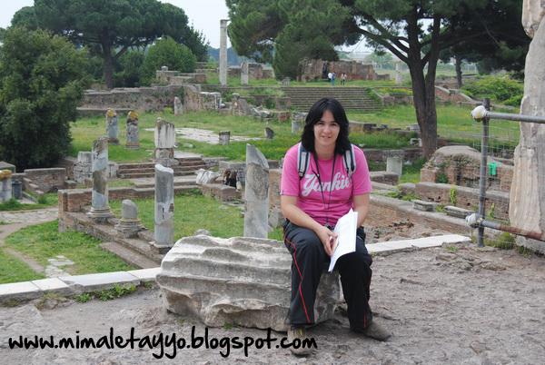 Templo de Roma y Augusto en Ostia Antica
