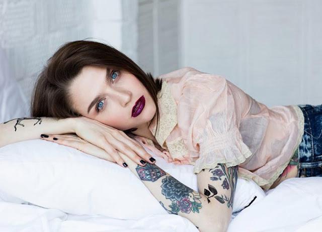 Estee Lauder x Sasha Unisex Temporary Watercolour Tattoos