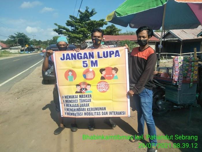 Dengan Pendekatan yang Humanis, Bhabinkamtibmas Kelurahan Pahandut Seberang Laksanakan Sambang dan Patroli Kamtibmas