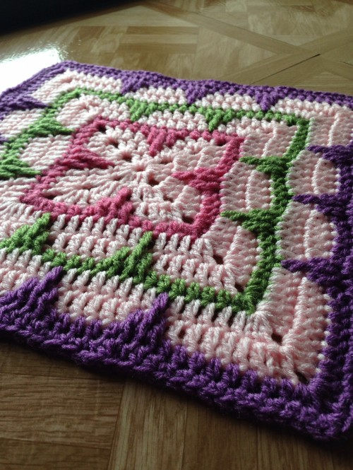 Larksfoot Inspired Block - Free Pattern