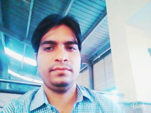 New heart touching hindi shayari.