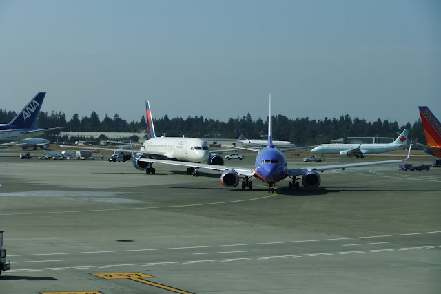 seattle-taxiway