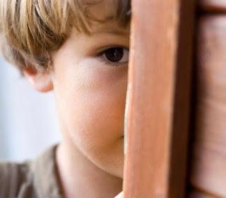 anak pemalu dan kurang percaya diri