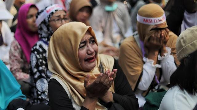 Kecewa, Pendukung sebut Prabowo Tak Hargai Emak-emak yang Nangis dan Jual Emas!