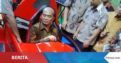 Mendikbud Luncurkan Mobil F1 Karya Siswa SMK