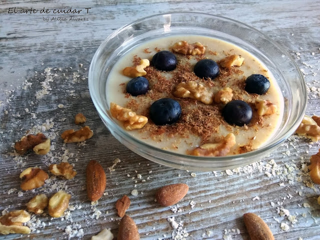 Avena sana, porridge, gachas avena, frutos secos, arándanos, desayunos sanos, desayuno equilibrado, energía
