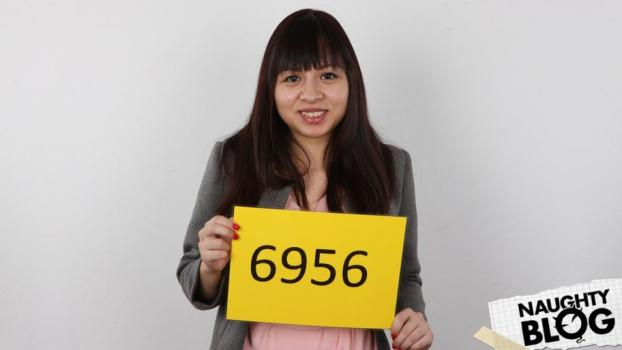 Czech Casting – Miky: 6956 (2016) [OPENLOAD]
