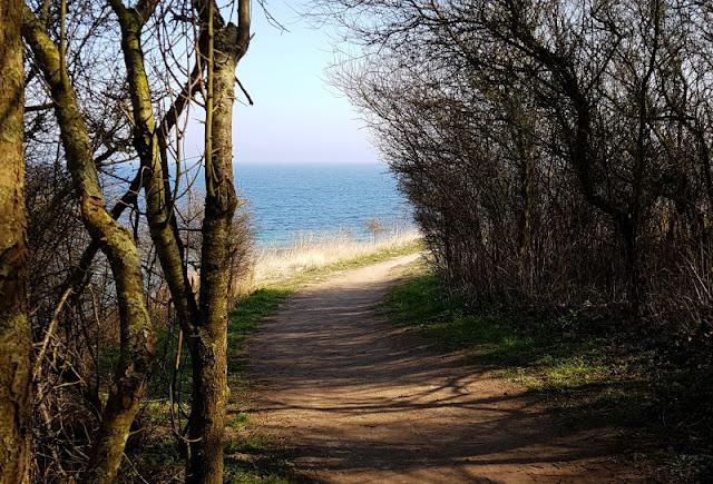 Küsten-Spaziergänge rund um Kiel, Teil 1: Die Steilküste bei Stohl. Ein toller Spaziergang an der Küste für die ganze Familie.
