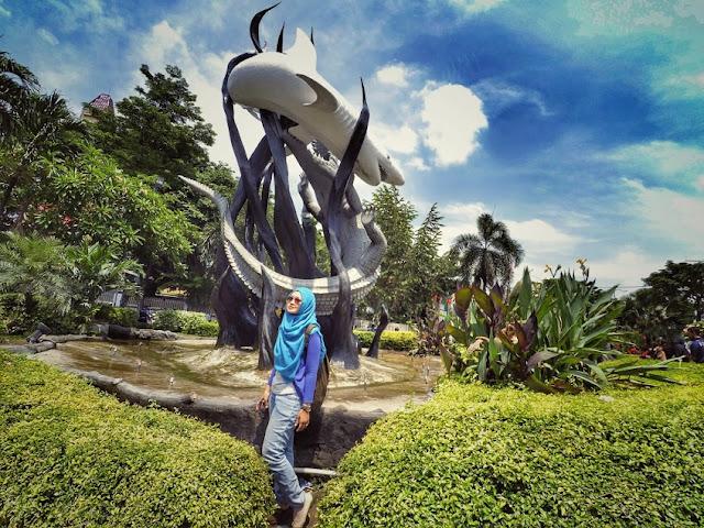 Spot foto narsis di Surabaya