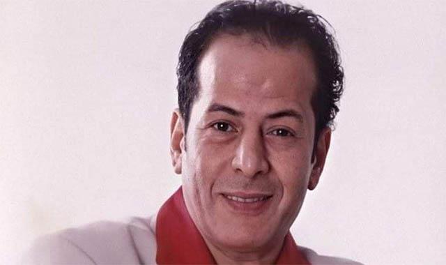 نقل الفنان عادل الفار للعناية المركزة الوسط الفني غدار