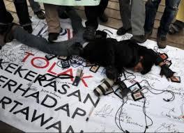 Kawanan ,Geng Motor ,Tikam ,Jurnalis ,TransTV, Di ,Makassar