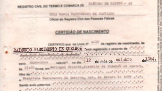 homem documentos 955 anos certidao nascimento