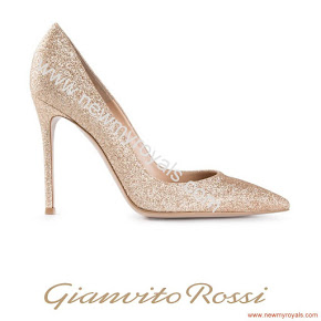 Crown Princess Mary Style GIANVITO ROSSI Pumps