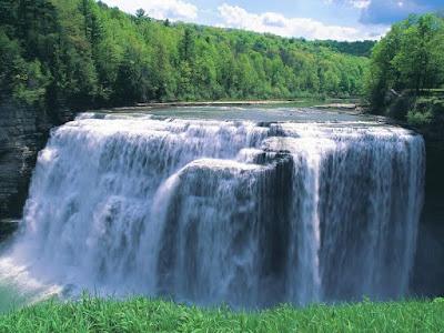 Berkat Tuhan Seperti Air Mengalir