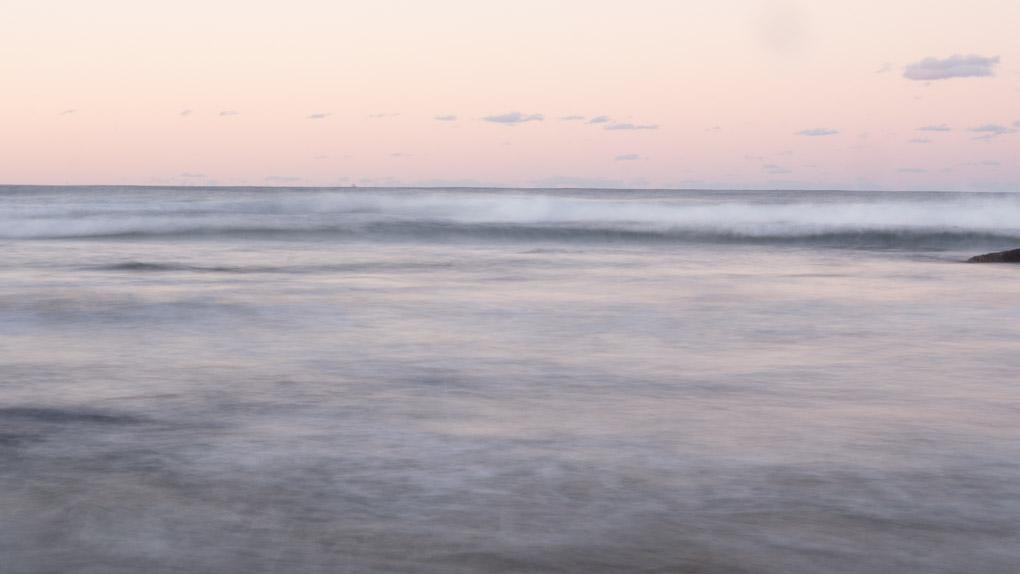 Sunset over the Pacific Ocean, Moffat Beach