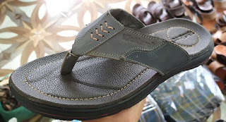 Sandal jepit kulit
