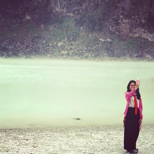 Meresapi Perjalanan ke Kawah Putih, Bandung