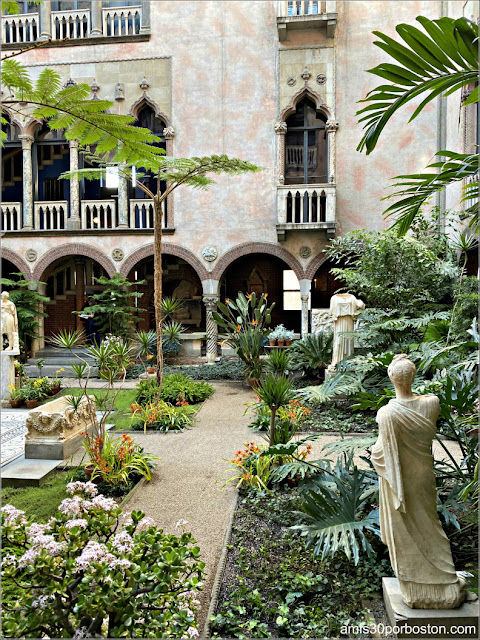 Patio Interior del Museo Isabella Stewart Gardner en Boston