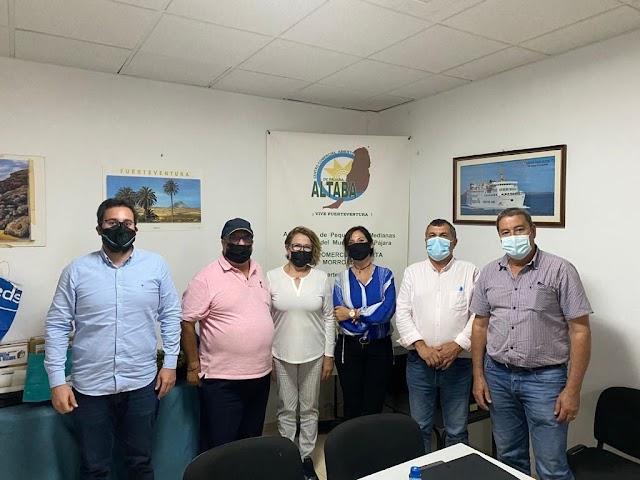 Cabildo de Fuerteventura  y  asociaciones empresariales de la isla aúnan esfuerzos para remontar la crisis económica