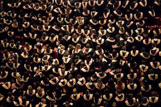 5 Realita Kehidupan Yang Dialami Mahasiswa Setelah Lulus Kuliah